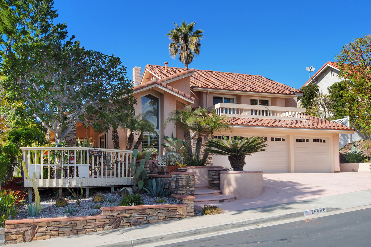 JUST SOLD Closed Escrow $820,000